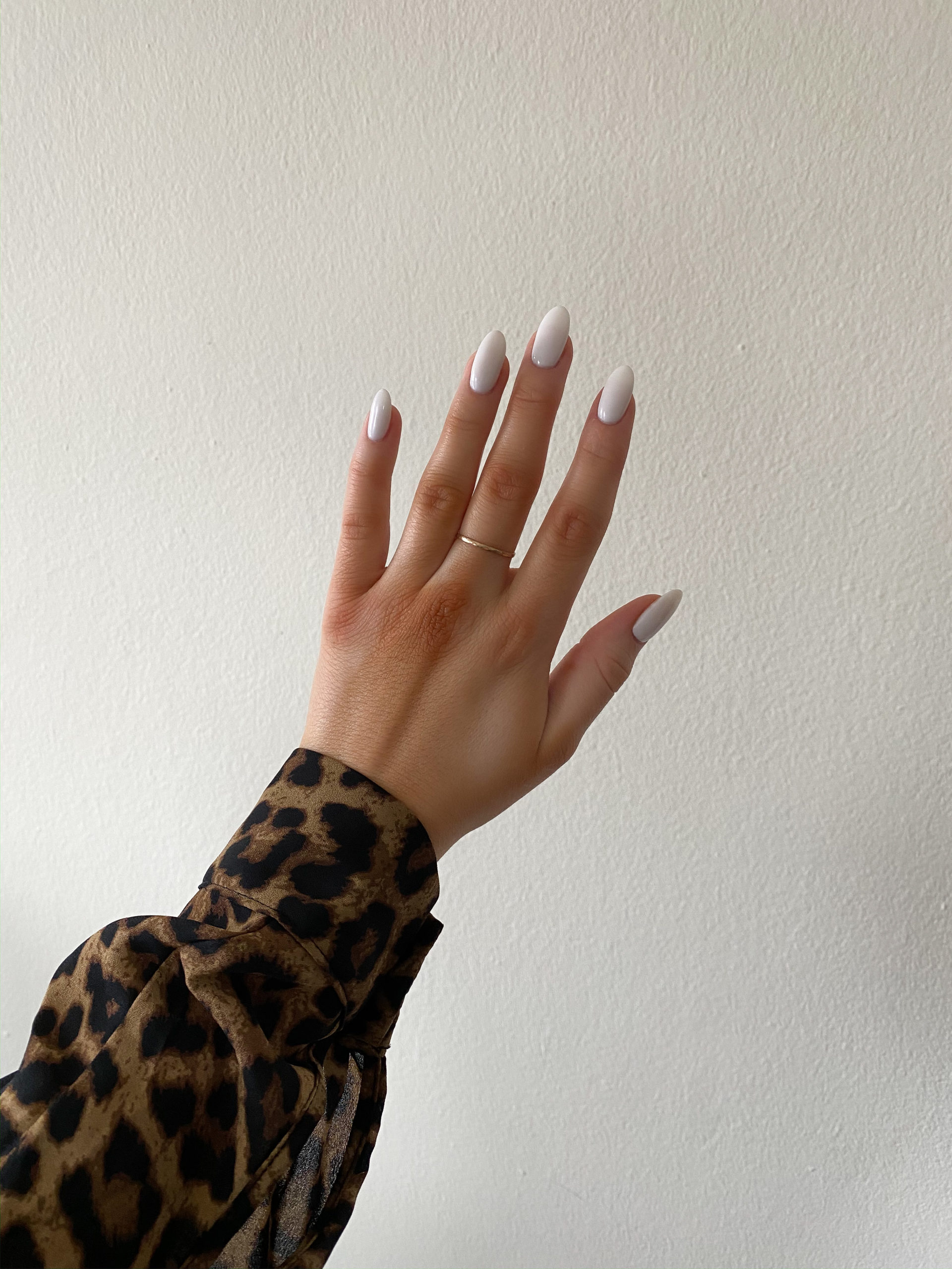 White Nails for NYE - NYE Nails